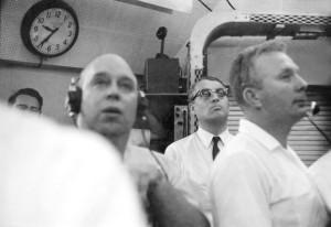 MR3-606_NOID_Chandler,von Braun,Donnelly shortly after launch_5.5.61